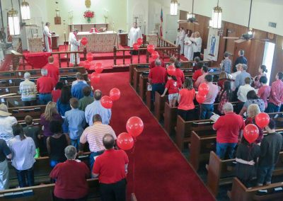 Photo of worship at St. Martin-in-the-Fields Episcopal Church in Keller/Southlake TX